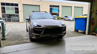 Porsche Cayenne - Apple CarPlay & Android Auto Integrated by Naviplus