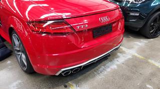 Apple CarPlay Integration on cockpit display of Audi TT
