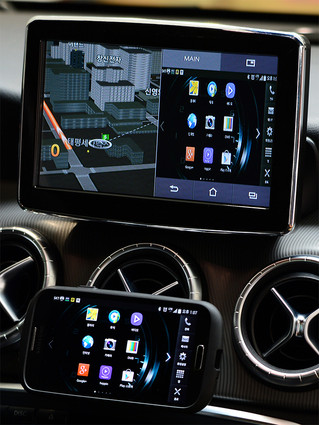 All new line up Mercedes Benz GLC Class - Missing out CarPlay for certain countries.