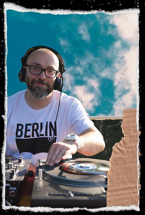 New portrait sans dj.png