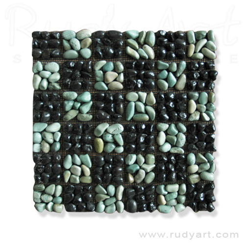 pebble-Flores-Green-Black-Alor