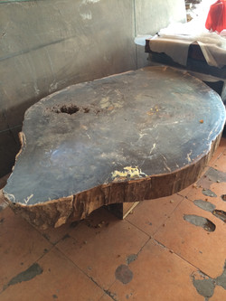 mesa de madeira pertificada com 140 =d por Rp 35.000.000