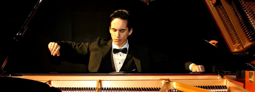 Fabio Álvarez. Pasión por la música(portada).jpg