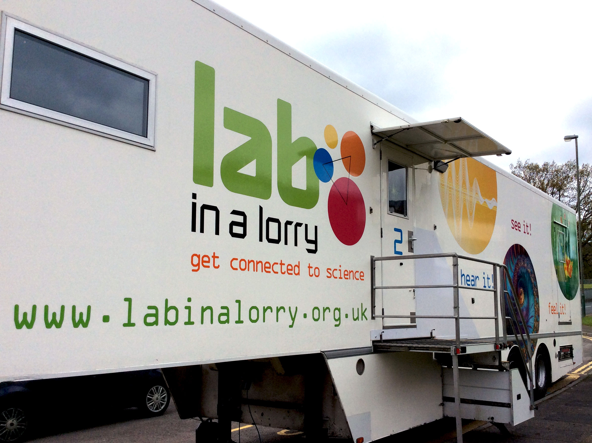 Lab-in-a-Lorry-1