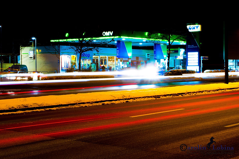 Langzeitbelichtung, Tankstelle, Winter, Carolin Lobina