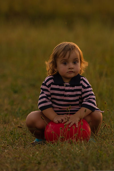 Kind mit Luftballon, Carolin Lobina