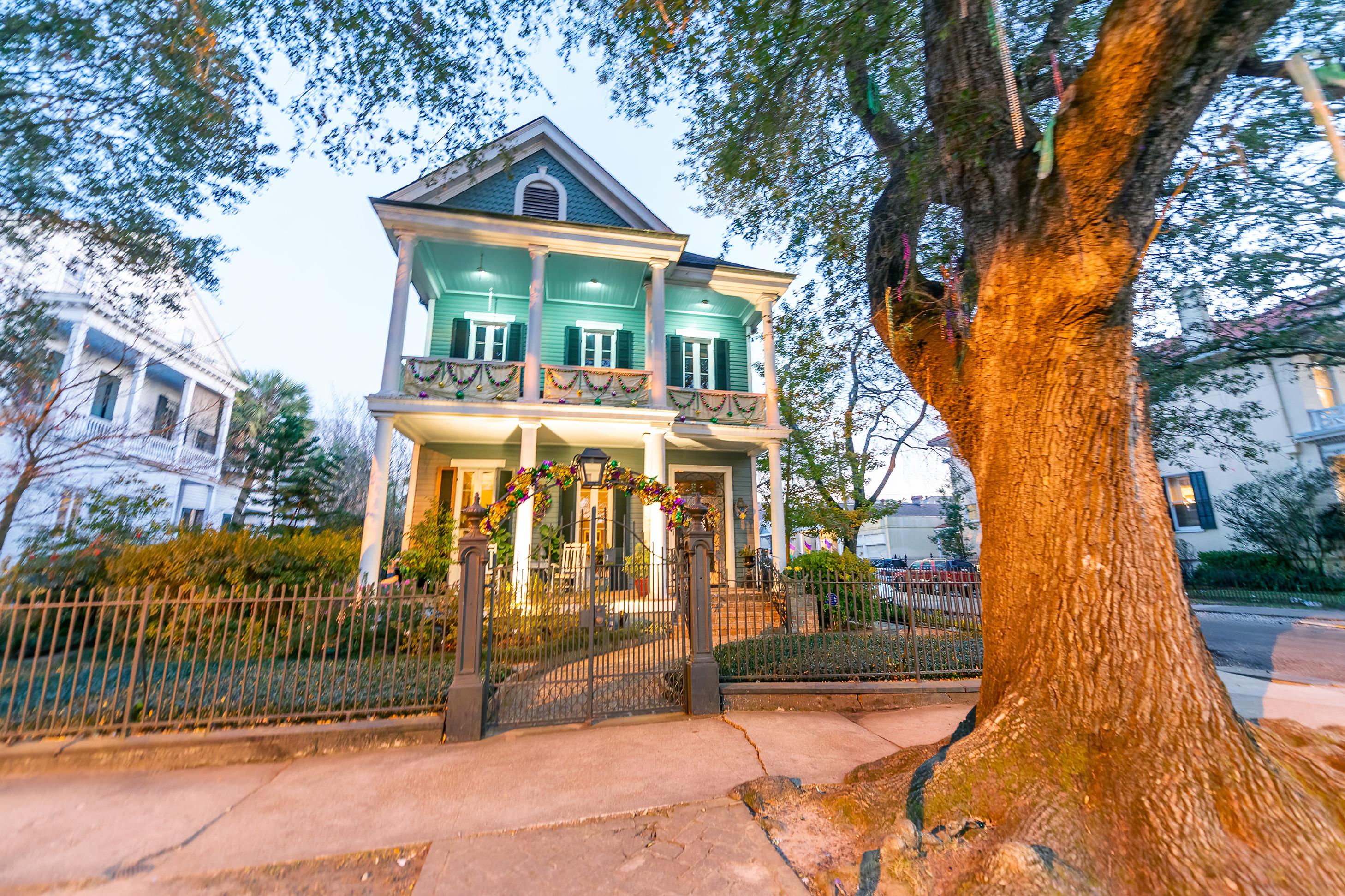 Historical southern style homes along Sa