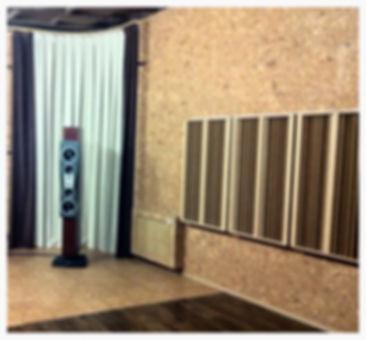 Установка диффузора решает многие вопросы коррекции акустики концертных залов и других помещений