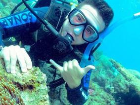 BREAKING: Video of Teens Mocking Death of Australian Coral Goes Viral