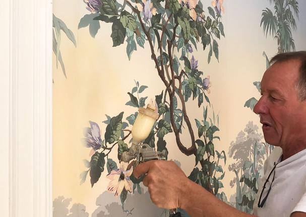 Restauration d'une fresque murale