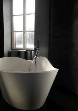 Salle de bain béton ciré - Vue baignoire 001