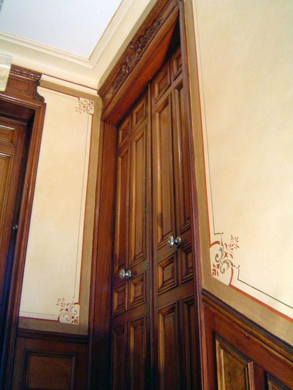 Faux-bois & décors (escaliers)
