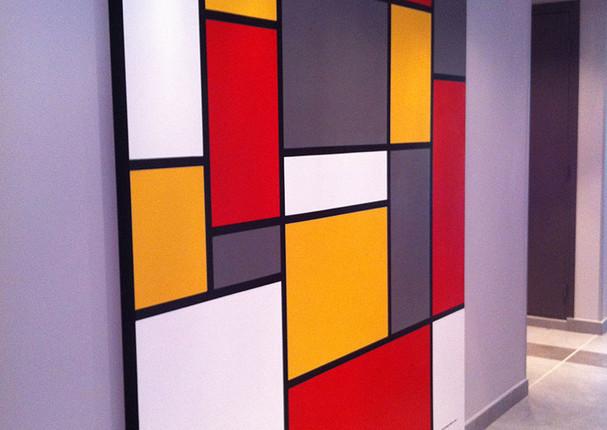 Entrée d'immeuble Lyon - fresque Mondrian