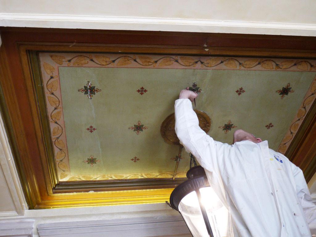 Restauration de l'ornementation du plafond