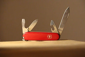 Swiss knife - denise-jans--J1cTtVpj8k-un