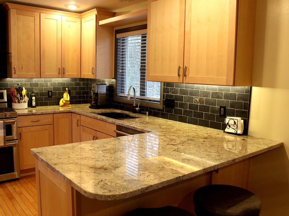 Granite  Color - avorio