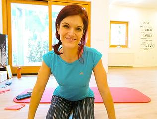 Katja_Gaber_Vodopivec_pilates_sedeče_del