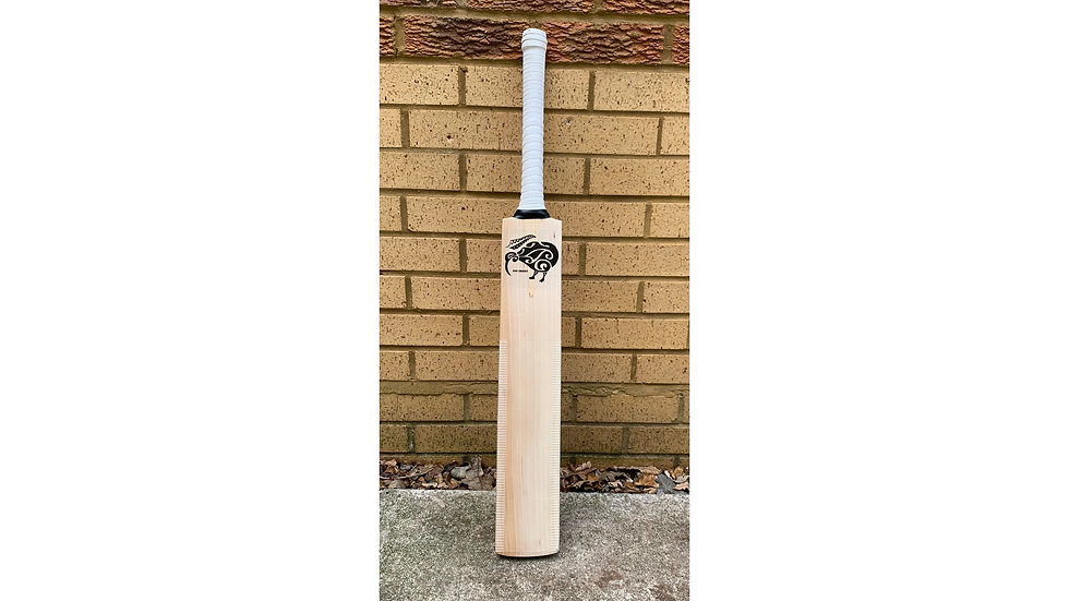 """Grade 2"" Kiwi Cricket Bat"
