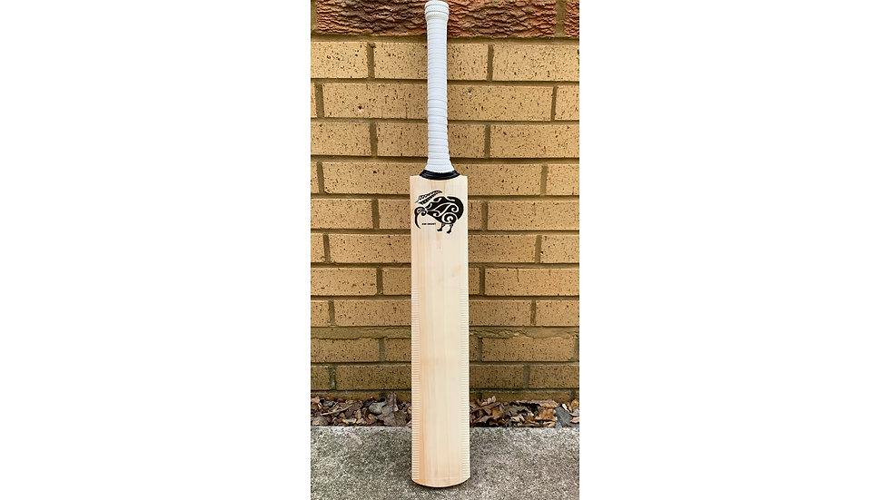 """Grade 3"" Kiwi Cricket Bat"