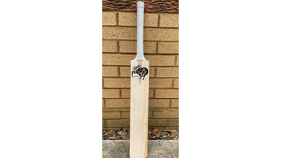 "Kiwi Cricket ""Pro"" Junior Cricket Bat"