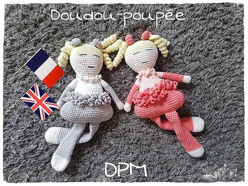 Doudou-Poupée
