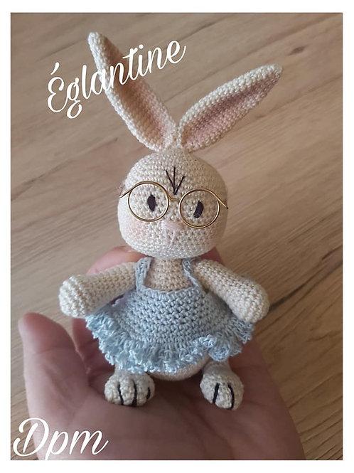 Tutoriel, crochet,pattern, Amigurumi, EGLANTINE la mini-lapine (Français)