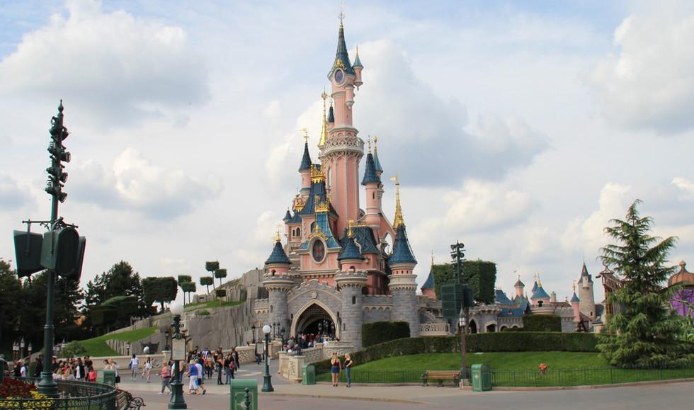 Viagem até a Disneyland Paris (Euro Disney), em Marne-la-Vallée.
