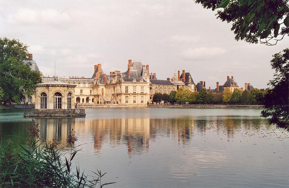 Destino à Fontainebleau e ao Palácio Fontainebleau, na França!