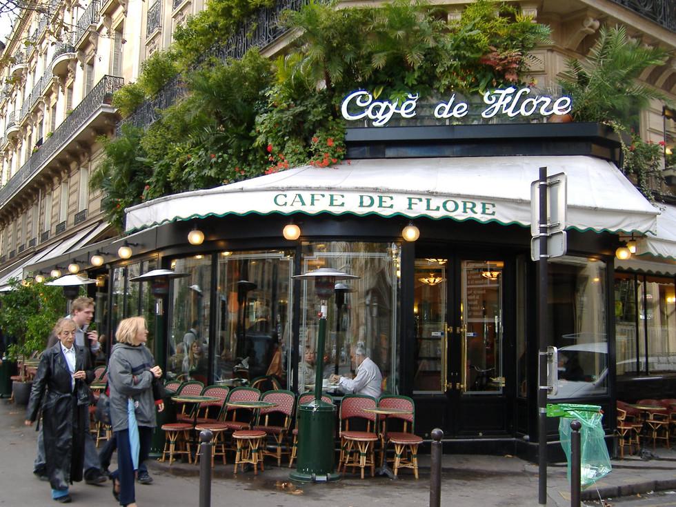 Destino Paris e Versalhes … cafés, charme e arte!
