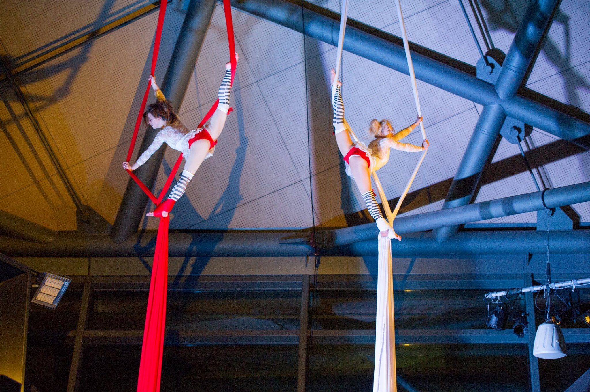 Aerial Silks, Spinal Chord, Glasgow Science Centre