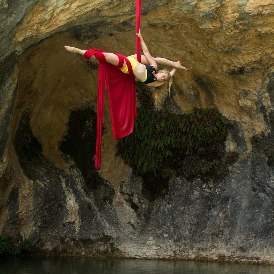 Lauren Jamieson Circus Artist Scotland Aerial Silks