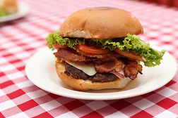 x-bacon-com-hamburguer.jpg