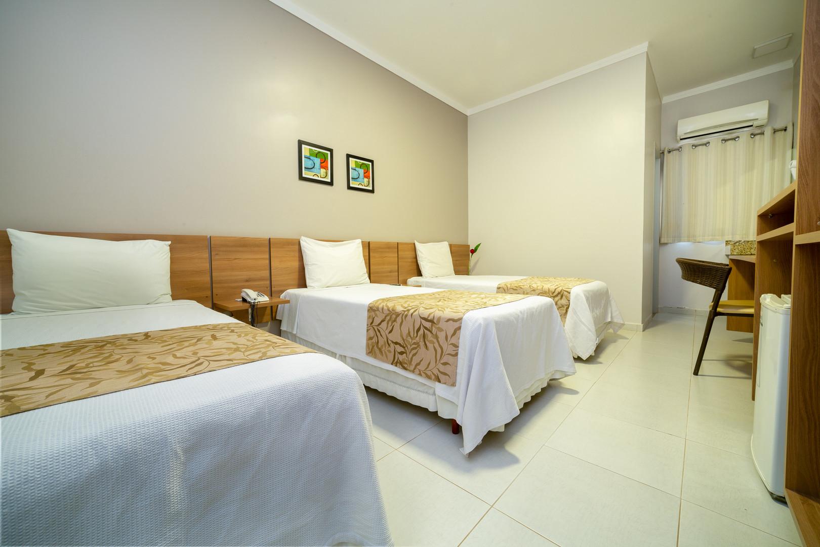 PORTO MADEIRA HOTEL039.JPG