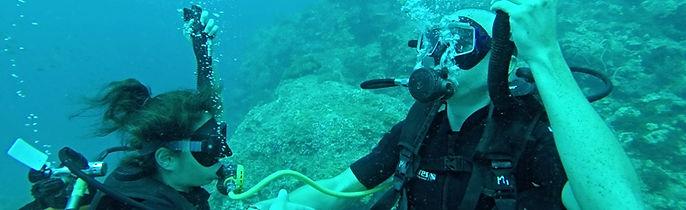 Formation de Rescue Diver, le troisième niveau de plongée PADI à Koh Phi Phi
