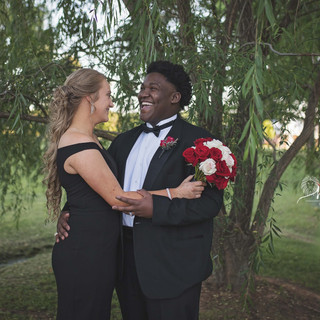 Weeping Willow Outdoor Prom Photography Texarkana, Texas