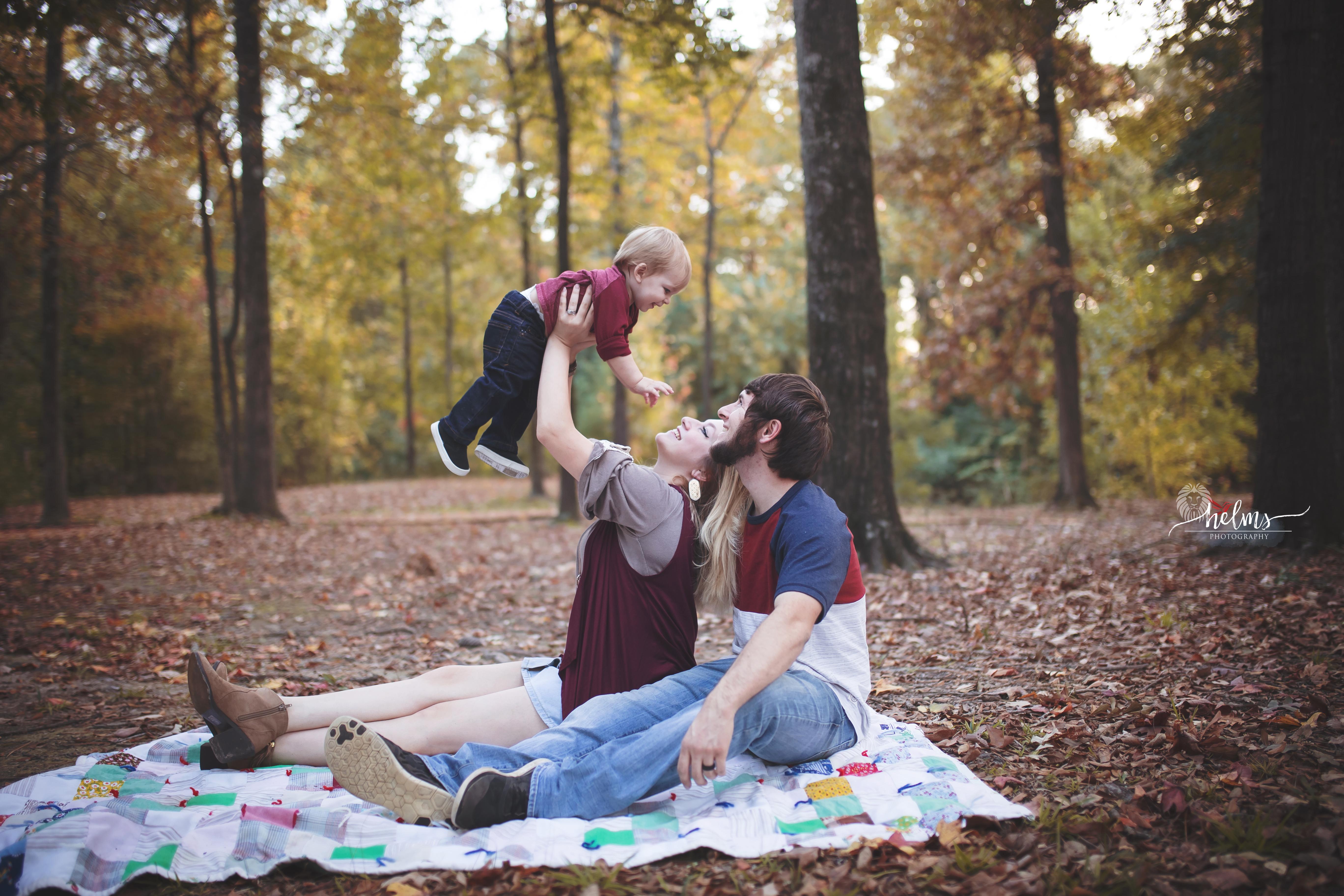 Outdoor Fall Family Photography Texarkana, Texas