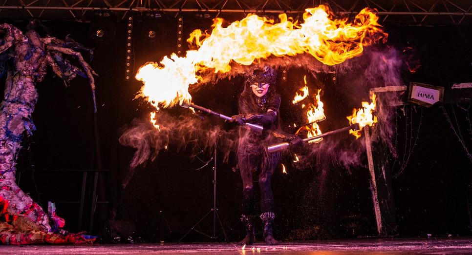 Show de Feu Shelly D'inferno