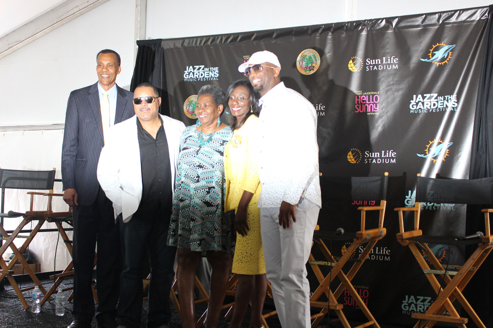 Rickey Smiley Talks Opening up For Jazz Saxophonist Najee at 11th Annual Jazz in the Gardens Press C