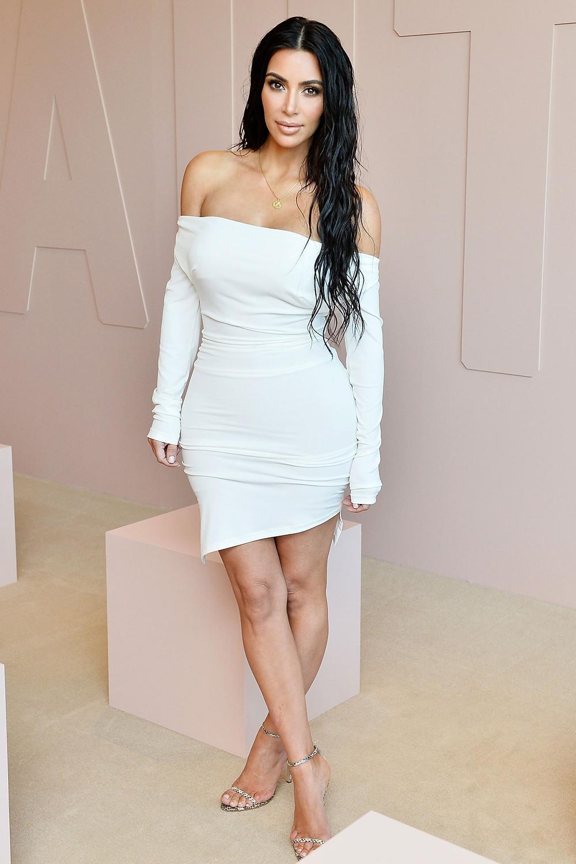 kim kardashian, celebrity news, fashion, celebrity entertainment lifestyle, booty, derriere