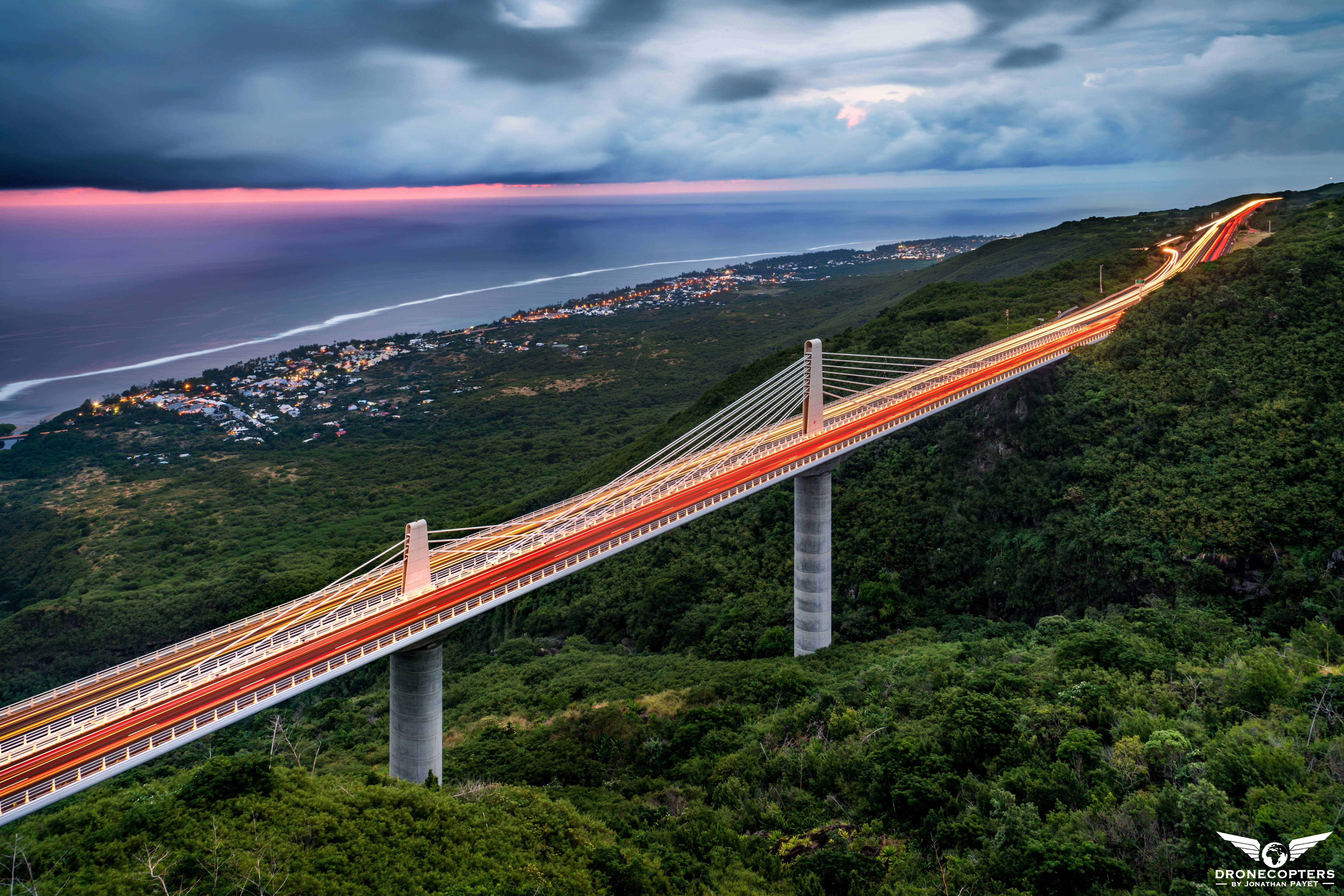 Le Viaduc de la Route des Tamarins