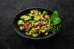 Dukkah roasted chickpeas with avocado & broccoli