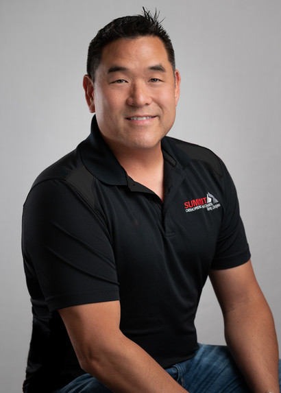 professional headshot of a doctor in roseville, ca