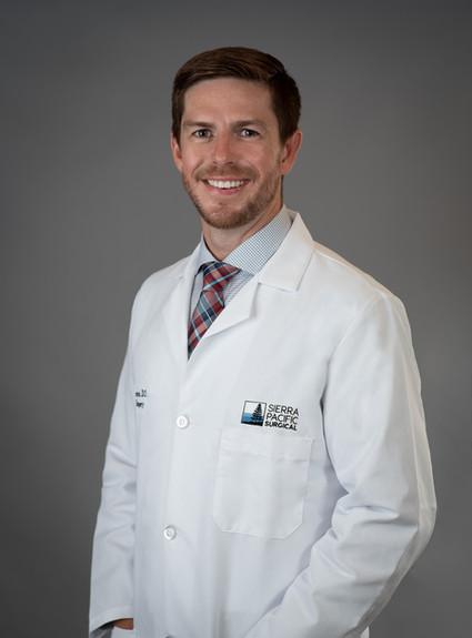 Headshot of a Sacramento physician