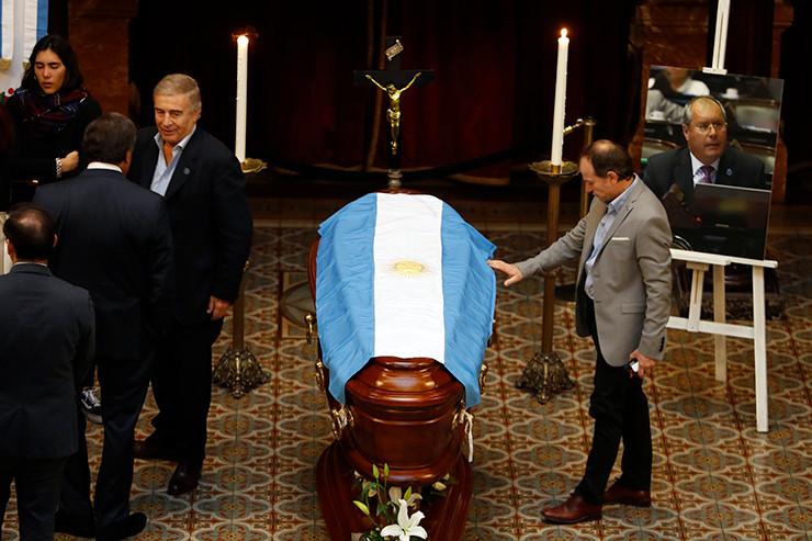 Abschied von Héctor Olivares