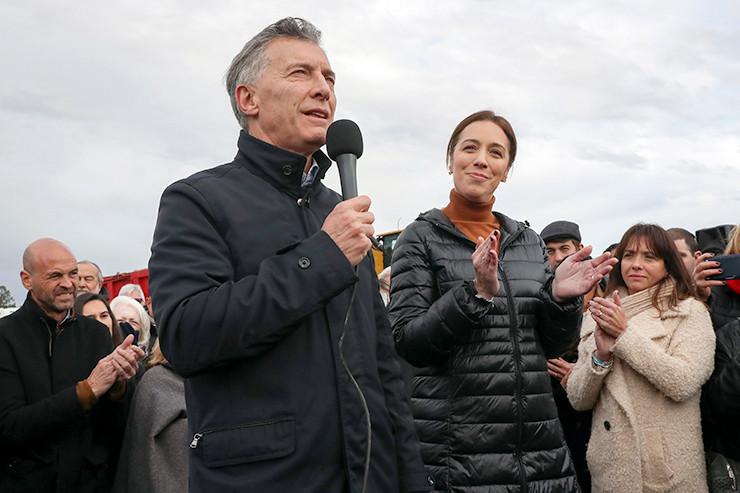 Mauricio Macri neben Provinzgouverneurin María Eugenia Vidal. (Foto: casarosada)