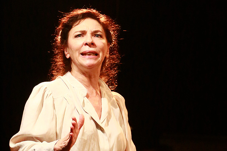 Alejandra Arístegui als Rosa Luxemburg