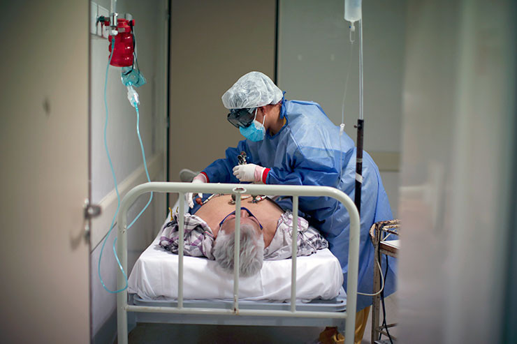 Corona-Patient im Krankenhaus Ezeiza