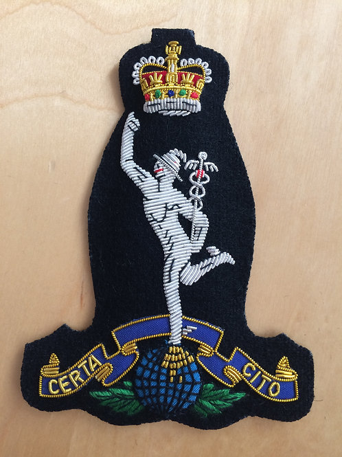 Royal Signals (RSigs) gold wired padded Blazer Badge