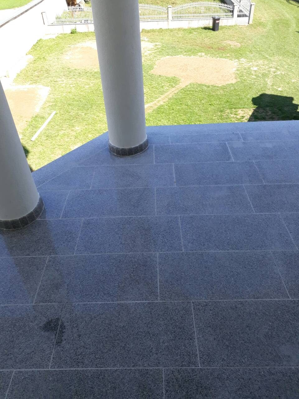 Bianco Sardo tiles