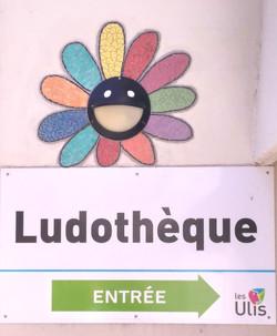 fleur Ludothèque